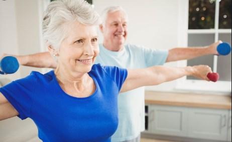 İleri Yaştakiler için Evde Yapılacak Egzersiz Seti